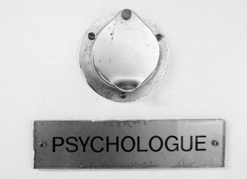 Comment les psy ont investi le pénal, et pourquoi c'est un problème