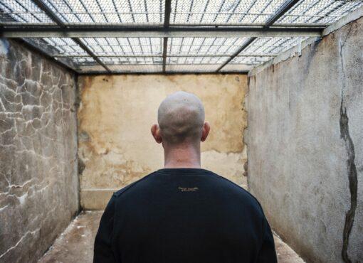 Centre de détention de Châteaudun : un détenu en grève de la faim est maintenu à l'isolement malgré l'incompatibilité de son état de santé